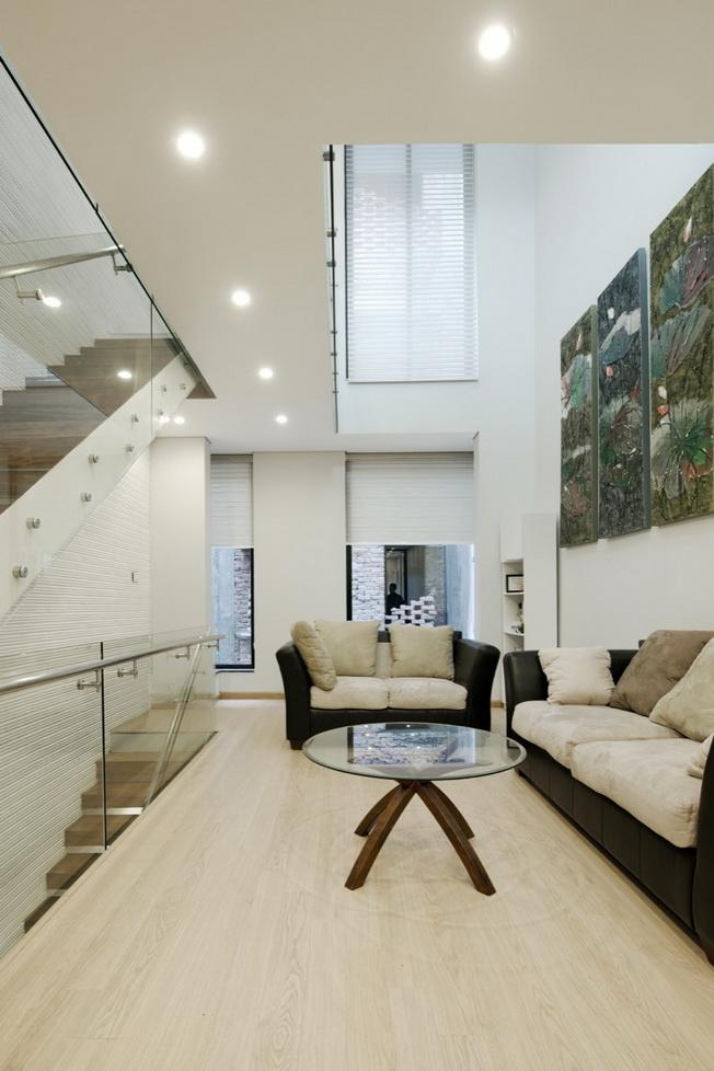 Ahl architects associates dom 4 5 x 20 - Casas estrechas y largas ...