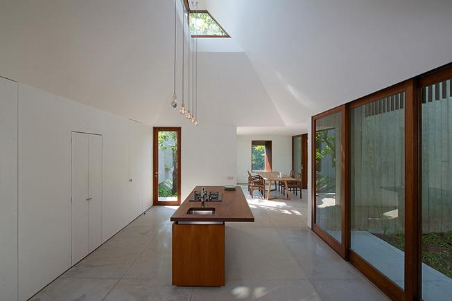 Dom nad strumieniem w Indiach  Architecture Brio   -> Kuchnia Drewniana Brio