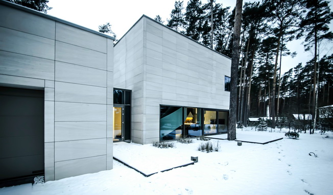 Parallelepiped Rectangle House autorstwa Devyni Architektai