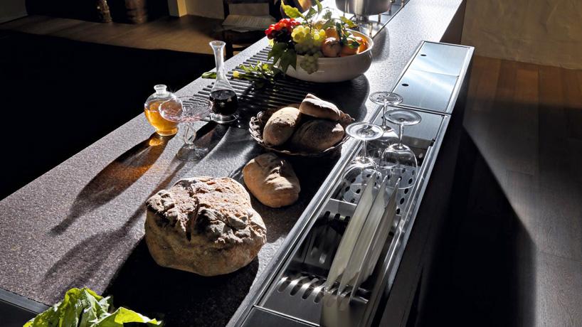 Valcucine nowy system mebli kuchennych for Valcucine prix cuisine